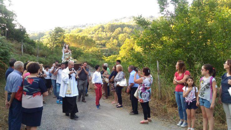 La festa della Maddalena e la suggestiva Chiesetta tra i boschi in riva al fiume a Sant'Angelo di Brolo