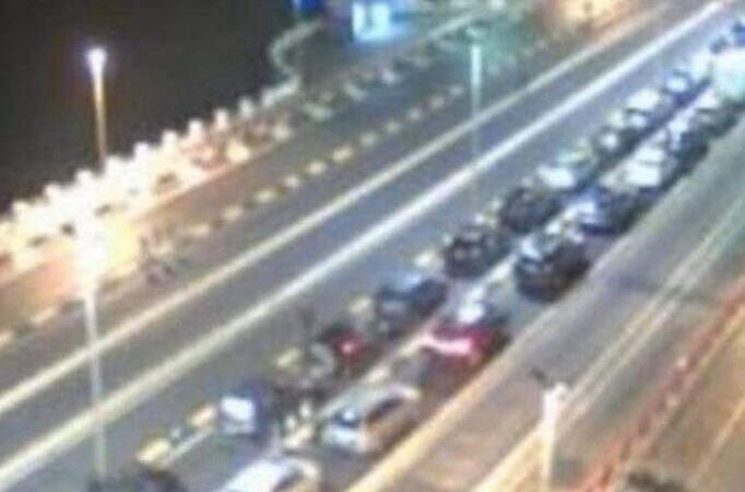 Caos sullo Stretto di Messina nella notte scorsa per file di vetture ai traghetti