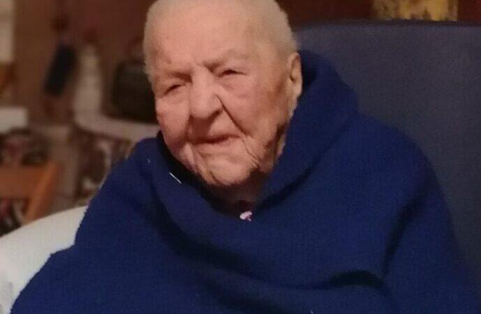 Buon compleanno Maria: oggi compie 111 anni. Ecco la sua storia