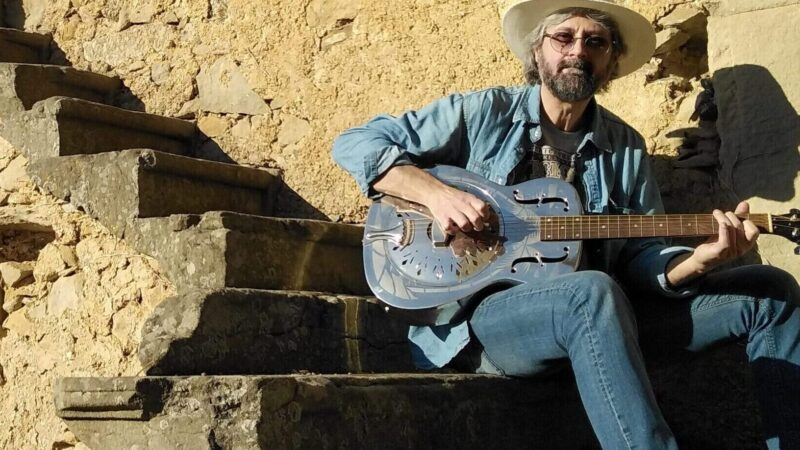Max Garrubba e la sua musica blues: il video con l'intervista