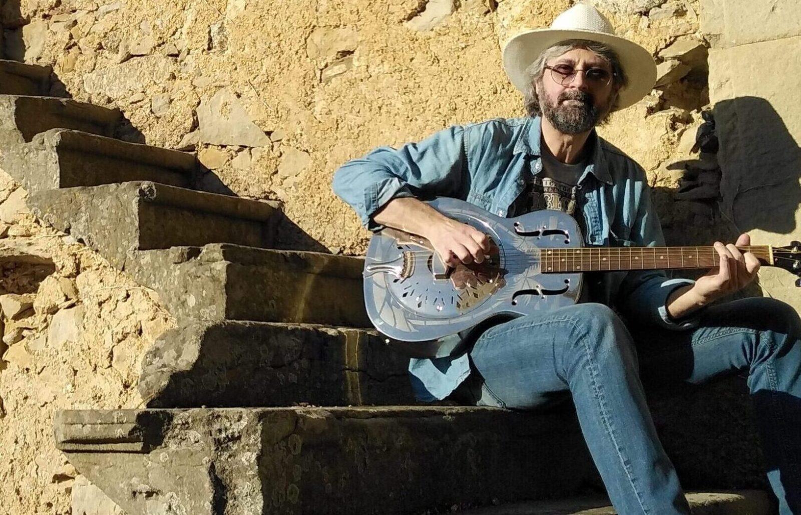 Max Garrubba e la sua musica blues: il video con l'intervista