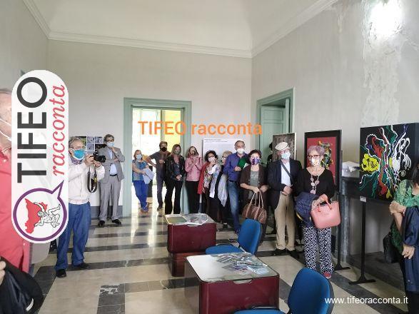 Inaugurata a Ficuzza la mostra The Black Days, connubio di artisti, scrittori e critici d'arte